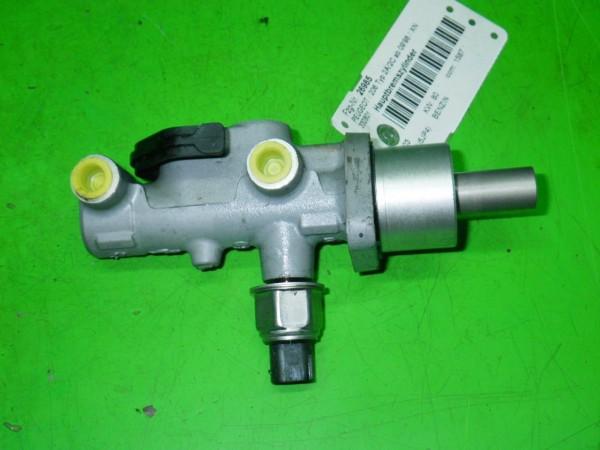 Hauptbremszylinder - PEUGEOT 206 Schrägheck (2A/C) 1.6 16V 4601F8