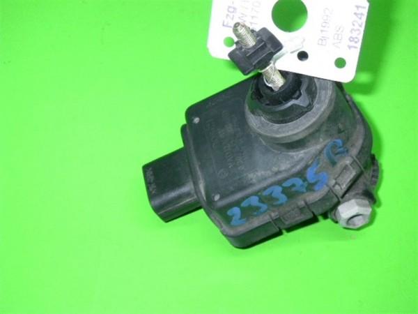 Stellmodul Scheinwerfer-Regulierung rechts - VW PASSAT Variant (3A5, 35I) 1.8