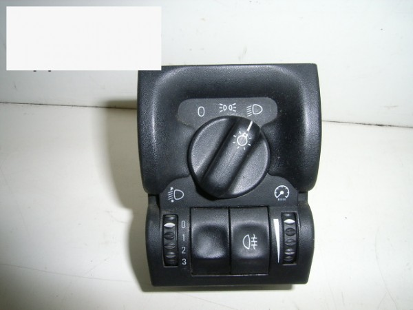 Lichthauptschalter - OPEL VECTRA B Caravan (31_) 1.8 i 16V 90 569 813