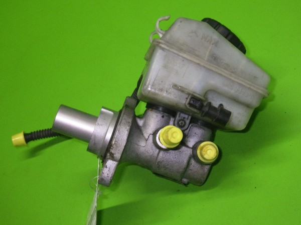 Hauptbremszylinder - OPEL ASTRA H GTC (L08) 1.8 558387