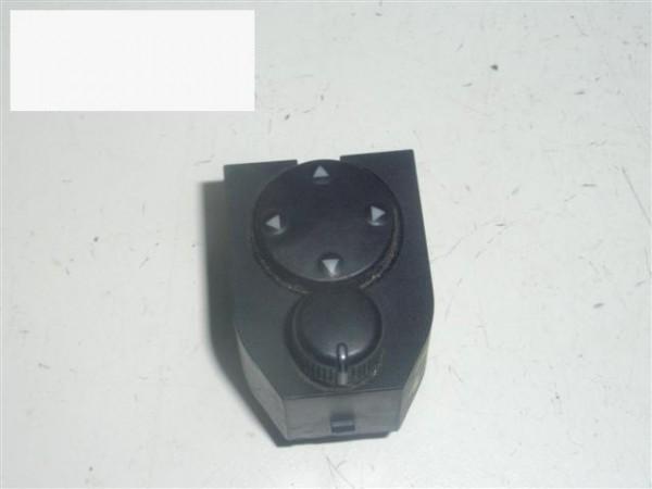 Schalter Außenspiegel - AUDI (NSU) A4 Avant (8D5, B5) 1.8 T 8D0959565A